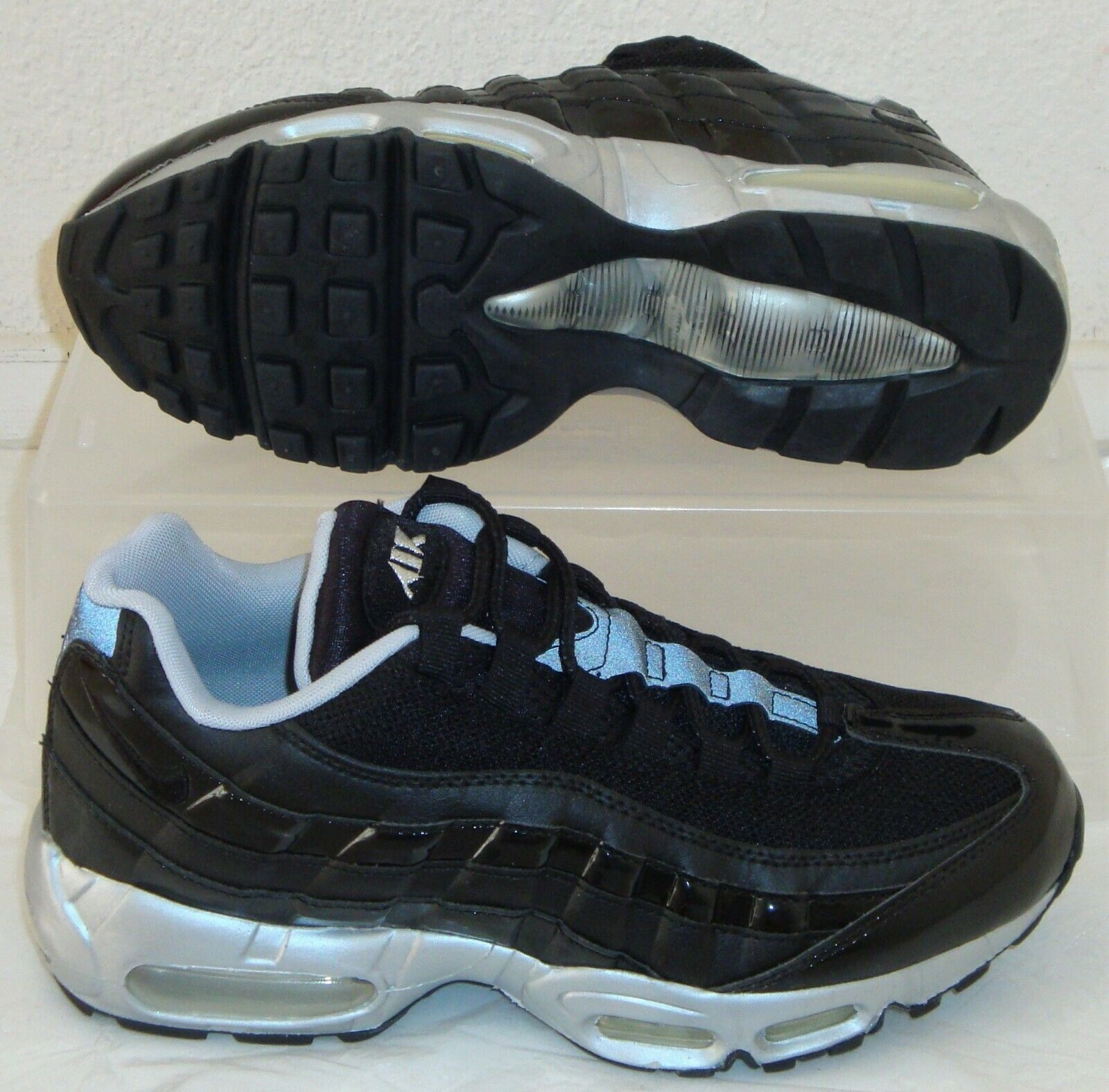 Size 7.5 - Nike Air Max 95 Black - 609048-027