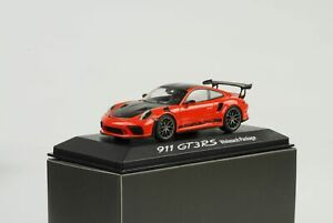 1-43-GT3-Rs-Porsche-911-991-II-Weissach-Package-Lava-Orange-Minichamps-Wap