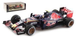 Spark-s4619-Toro-Rosso-Str10-55-Malasia-Gp-2015-Carlos-Sainz-Jr-1-43-Escala
