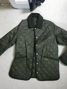 Barbour-green-quilted-jacket-size-medium-rare
