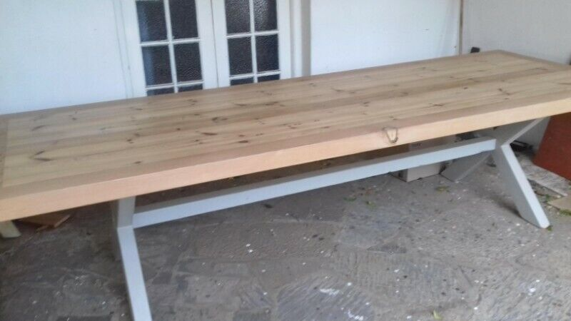 10 Seater Dinning Room Table. 2.5m x 1m. Top 60mm thick