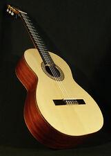 CLASSICAL SPANISH GUITAR. SPRUCE & RED BRASILIAN ROSEWOOD. 40-B AZAHAR (SPAIN)