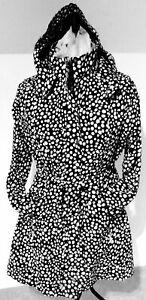Designer Raincoat by ETAGE (Denmark) Fabulous quality Black & White design Coat