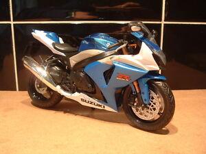 1:12 SUZUKI GSXR 1000 GSX-R TOY MODEL FANTASTIC QUALITY SUPERBIKE BLUE WHITE