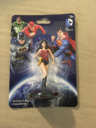 "DC Comics Wonder Woman Figurine Toy 2.5/"""
