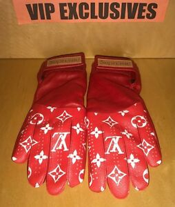 3ebac9c4074 supreme louis vuitton gloves