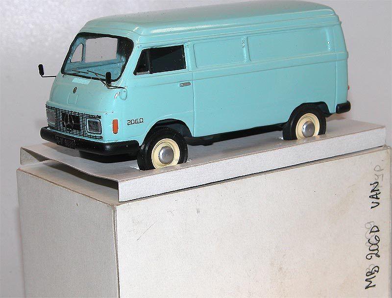 en stock Kimmeria, Mercedes-Benz l206d, l206d, l206d, Harburger Transporter, azul verdoso, metal, 1 43  Con 100% de calidad y servicio de% 100.
