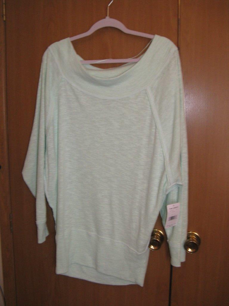 FREE PEOPLE PEOPLE PEOPLE Seafog GREEN Long BLOUSON Raglan SLEEVE Sweater  Medium NWT 8db7e2