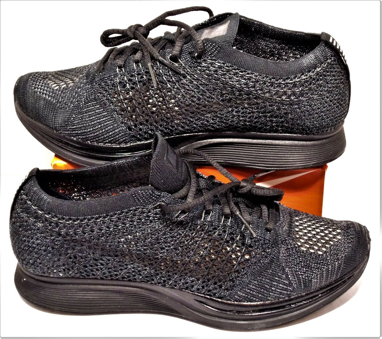 Nike Flyknit Racer Triple Black Anthracite Womens 7 Mens Sz 5.5 NEW 526628 009