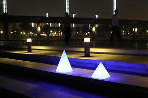 design lampe pyramide mit fernbedienung 16 farben stehlampe arnusa oasis lights ebay. Black Bedroom Furniture Sets. Home Design Ideas