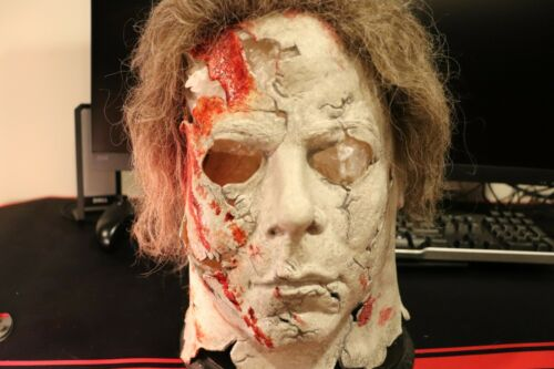 Rob Zombie Michael Myers Mask and Costume Screen A