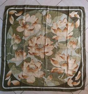 Foulard Hermès Fleur de Lotus,Scarf Hermès Fleur de Lotus