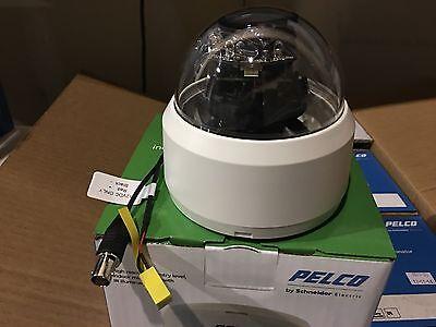 NEW Pelco FD1-IRF4-4X 540TVL Indoor IR Dome Camera 3.6mm PAL