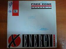 "DISCO 12"" VINILE FREE ZONE - CHANGE IT - DANCE MIX TECHNO REMIX ENERGY VG-/GD+"