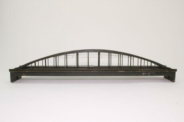 2 x Arnold 6190 Spur N Doppelbrücke Bogenbrücke mit Oberleitung fertig aufgebaut