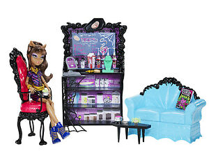 Monster-High-Clawdeen-Wolf-und-KAPUTTSCHINO-ECKE-Coffin-Bean-OVP-X3721