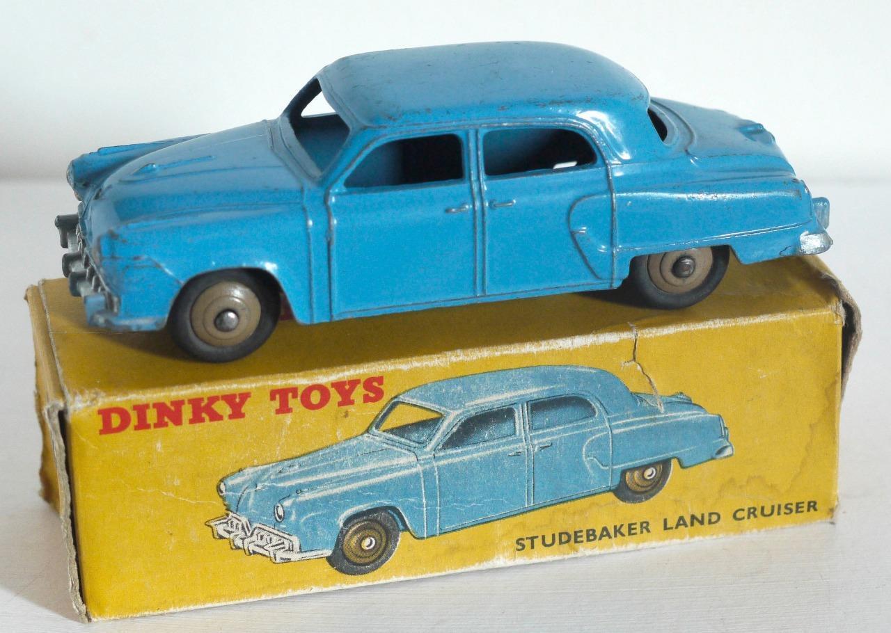 DINKY TOYS (172) STUDEBAKER LAND CRUISER (BOXED)