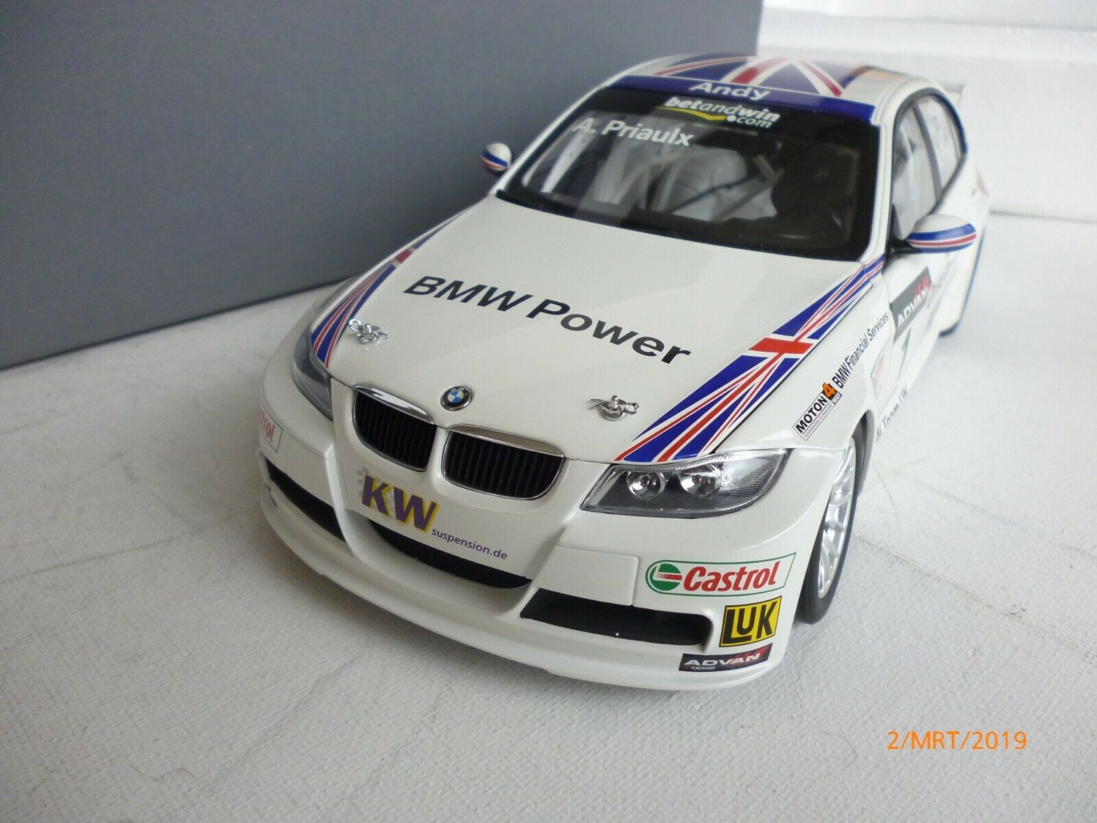 1 18 BMW 320Si WTCC Andy Priaulx, Kyosho, New In Dealer Box RARE