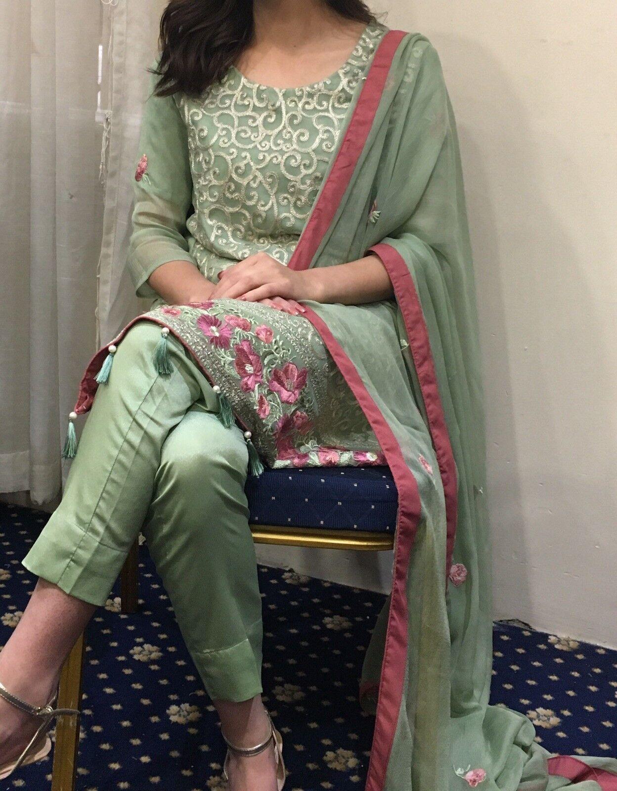 Designer's Green Pakistani Indian Suit Qameez Capri Tassel Reshmi