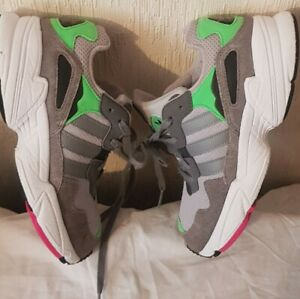 Adidas-Torsion-TRAINER-GRIS-MIX-VERT-amp-ROSE-TAILLE-UK3-condition-EUR35-5-utilise