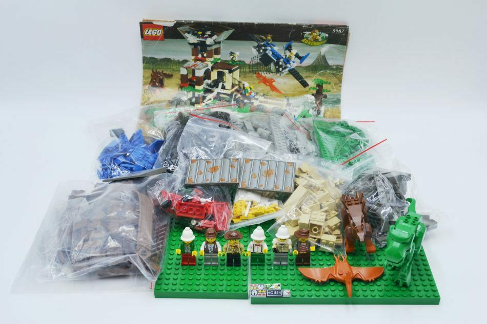 LEGO Set 5987 Forschungsstation mit BA Dino Research Compound with instruction