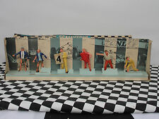 SCALEXTRIC FIGURES X 6 PIT TEAM TRACK OFFICIALS F300  1.32  Used boxed