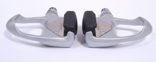 WELLGO R3 ROAD BIKE BICYCLE PEDALS W//LOOK ARC CLEATS