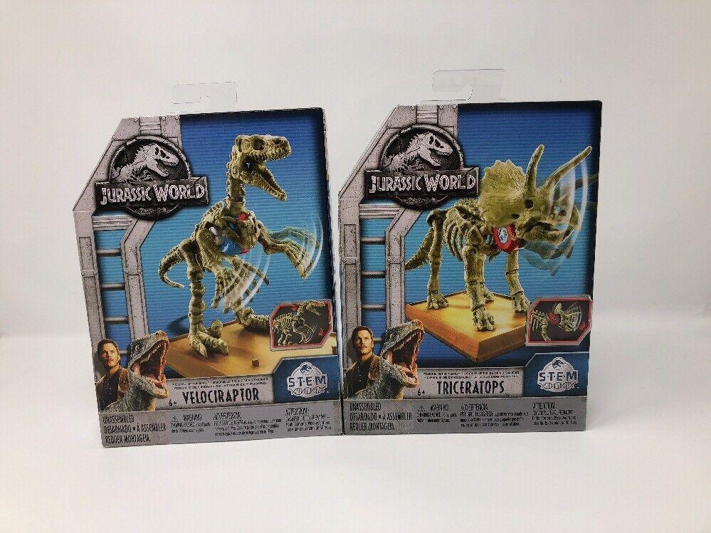 Jurassic World 2 Velociraptor & Triceratops S.T.E.M. Fossil Strikers