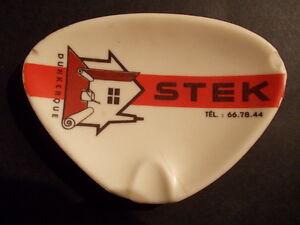 Tres-joli-ramasse-monnaie-STEK-Dunkerque-Nord-1960-melamine-Ornamine-batiment