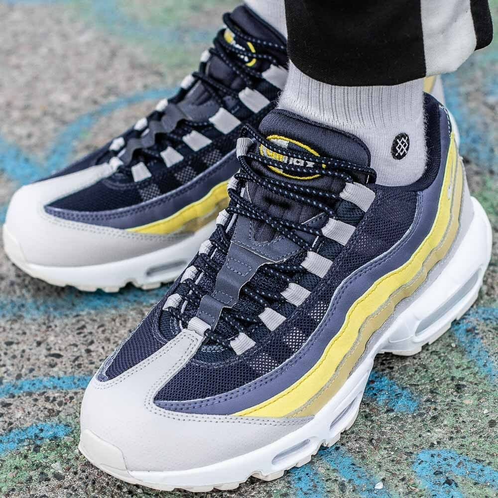 Nike Air Max 95 essential deportes zapatos hombres Sport loisir 749766 - 107