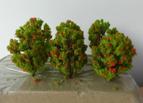 WARGAMES 6 x RED GREEN MODEL TREES 8 cm SCENERY FOR MODEL RAILWAY HO OO SCALE