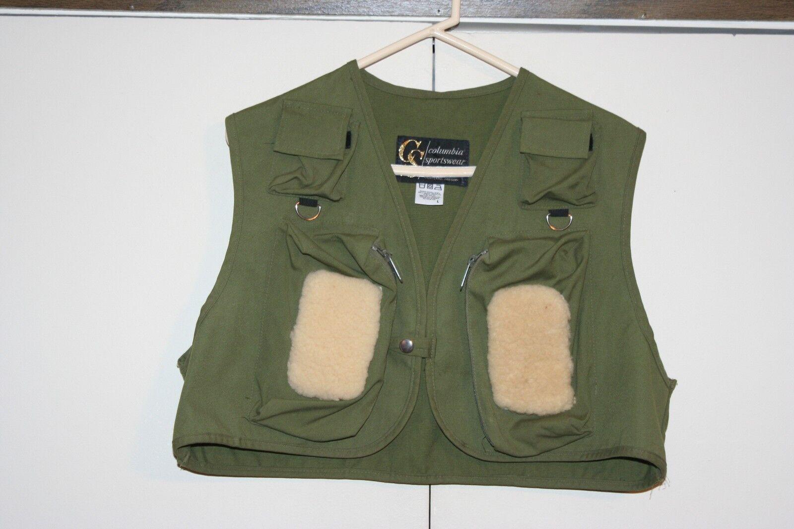 Columbia Sportswear Portland OR USA VTG Fly Fishing Vest Size Large Multi Green