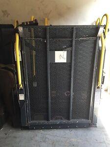 Ricon S5005 Wheelchair Lift For Van Or School Bus Ebay