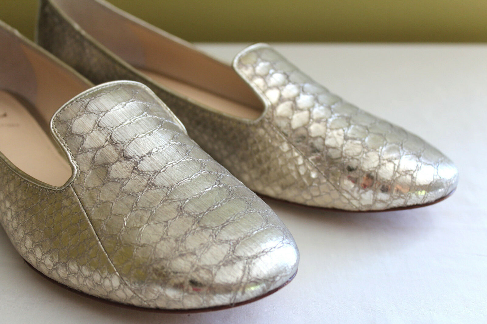 NEW! VC Classic Signature Gold Platinum Leather Classic VC Natalie Loafers Flats 9M 39 $225 cd4055