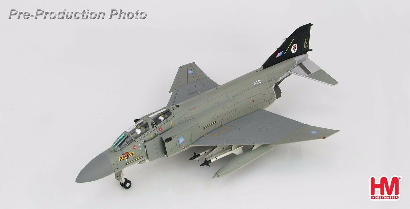 F-4J Phantom II No 74  Tiger  SQN Royal Royal Royal Air Force Wattisham Hobbymaster HA1985 88f8c4