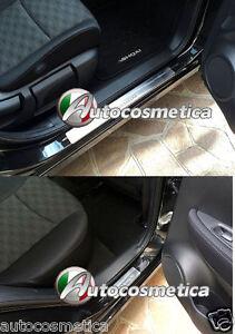 Battitacco-Nuovo-Nissan-Qashqai-2014-2018-protezione-soglia-entrata-battitacchi