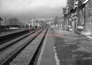 PHOTO-SETTLE-RAILWAY-STATION-VIEW-IN-1962-1