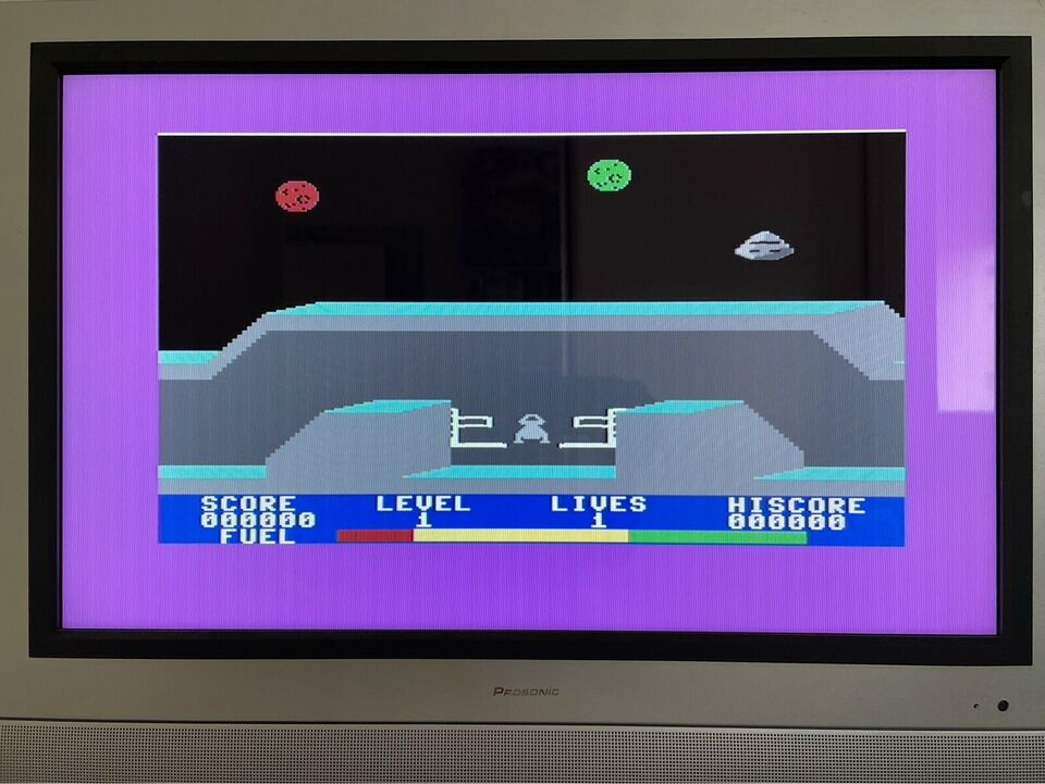 Commodore 64, arkademaskine, God
