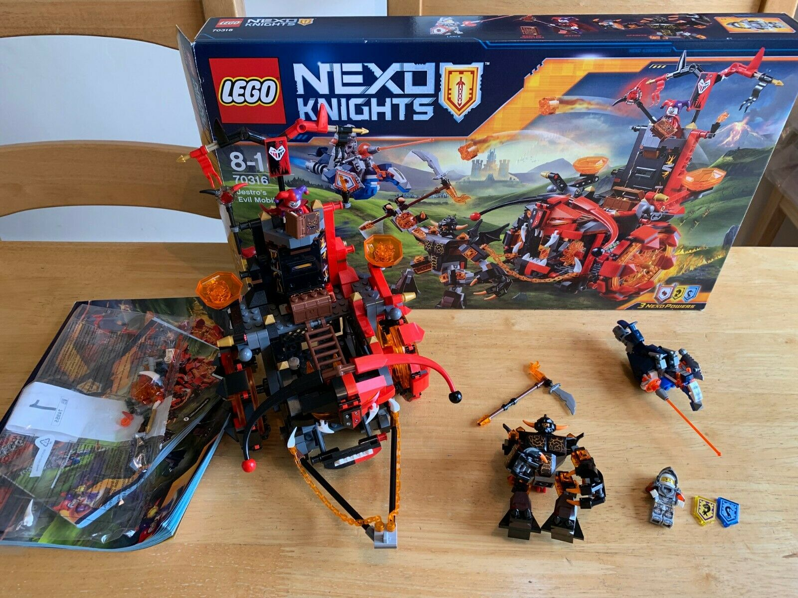 HUC REAL LEGO NEXO KNIGHTS JESTRO'S EVIL MOBILE - 70316 COMPLETE WITH BOX