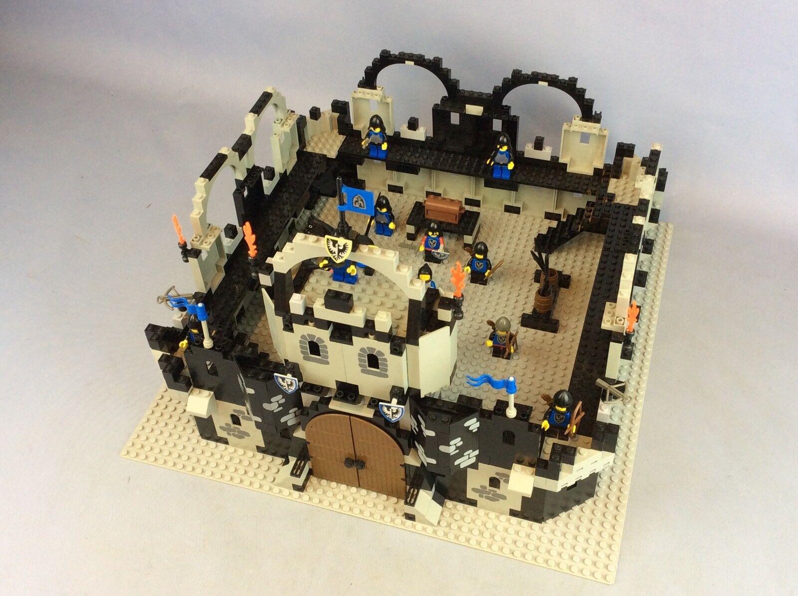 Lego Chevaliers Forteresse de livraison disponible dans le  monde encravater  en bonne santé