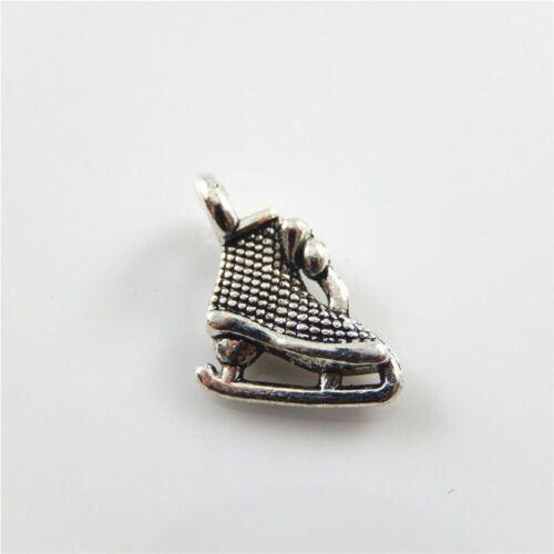 Wholesale 40pcs Retro Silver Patins à glace Look Alliage Charms Pendentifs Finding 52575