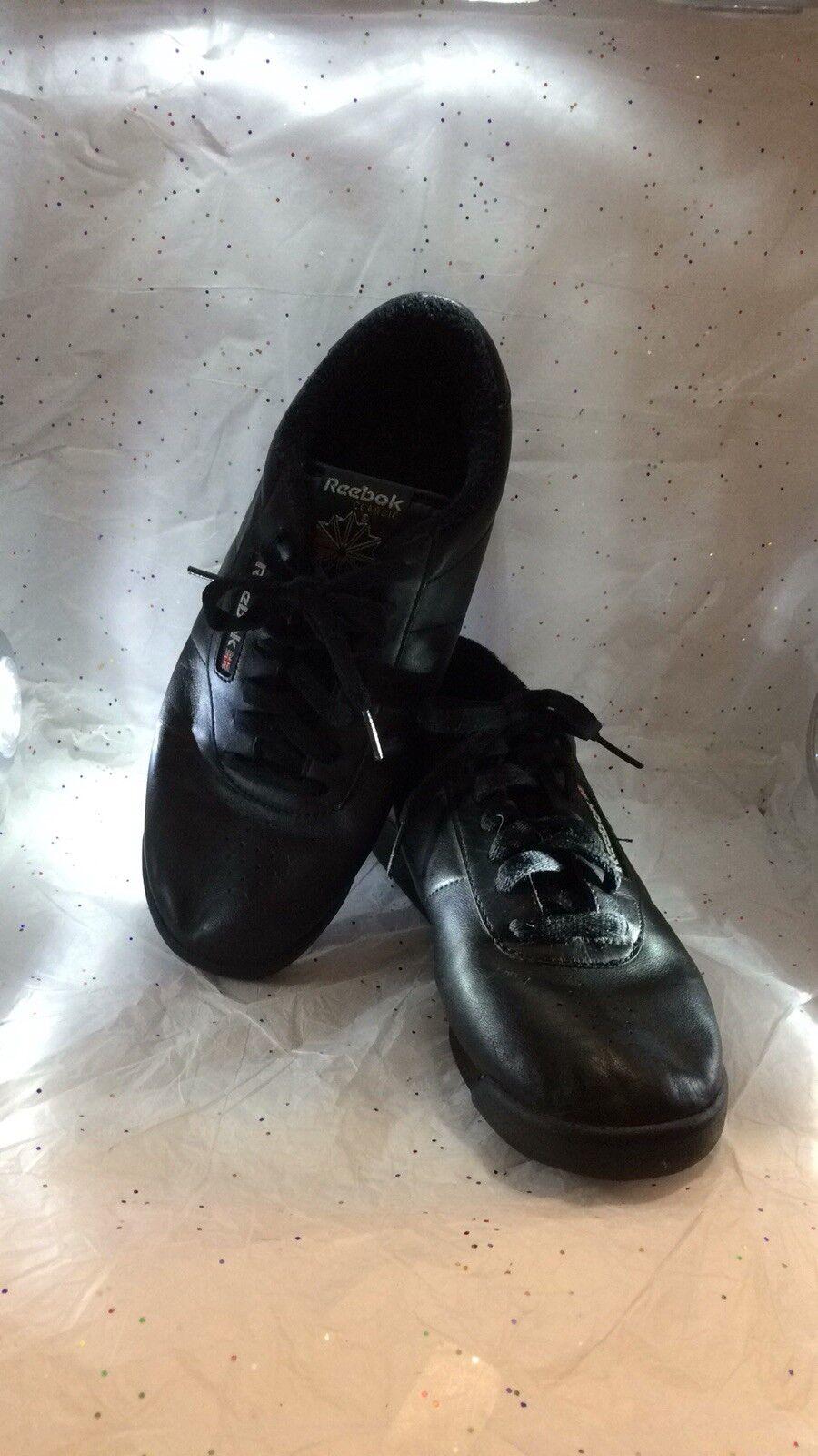 Reebok Classic Black Princess Running shoes (Black) Used