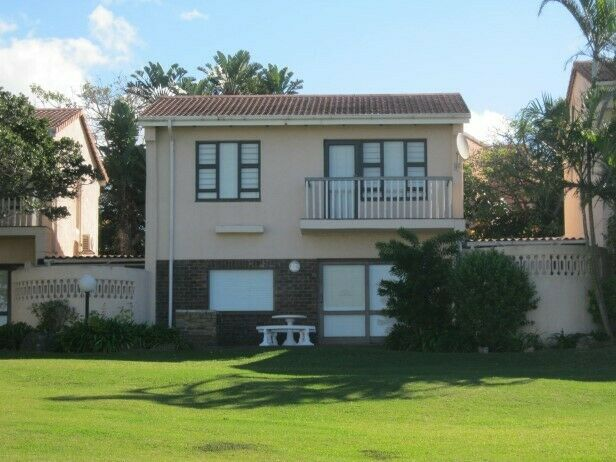 3 Bedroom Townhouse(On the beach) with Sea Views for sale in Port Edward.