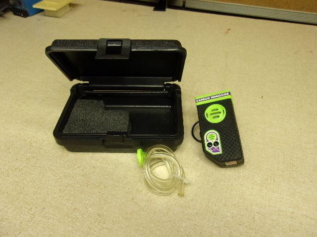 AIM detector de monóxido de carbono Modelo 450, con Estuche  Envío Gratuito