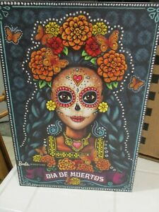 BARBIE-Dia-De-Los-Muertos-Day-of-The-Dead-Mexican-Doll-in-hand-Shipper-FXD52