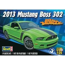 Revell US Monogram 1//25 2013 Mustang Boss 302 Plastic Model Kit 85-4187 14187 +