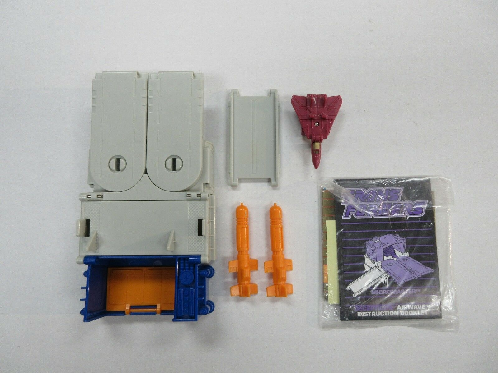 1988 G1 TRANSFORMERS MICROMASTER AIRWAVE 100% COMPLETE W  PAPERWORK