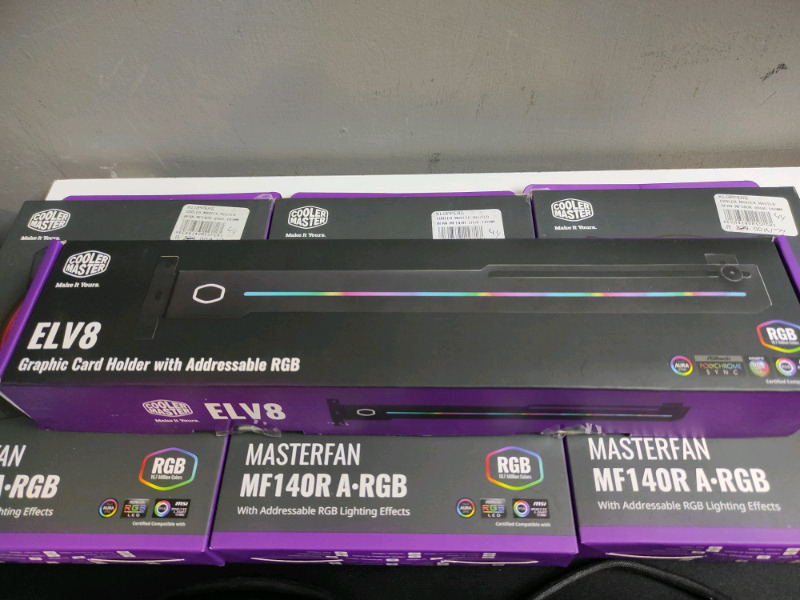 Coolermaster ELV8 Graphics card holder with addressable RGB