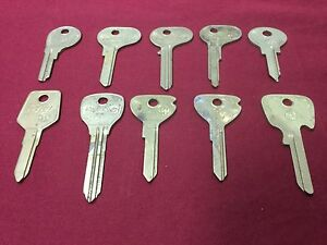 Assorted Taylor Automotive Key Blanks, Set of 10 - Locksmith