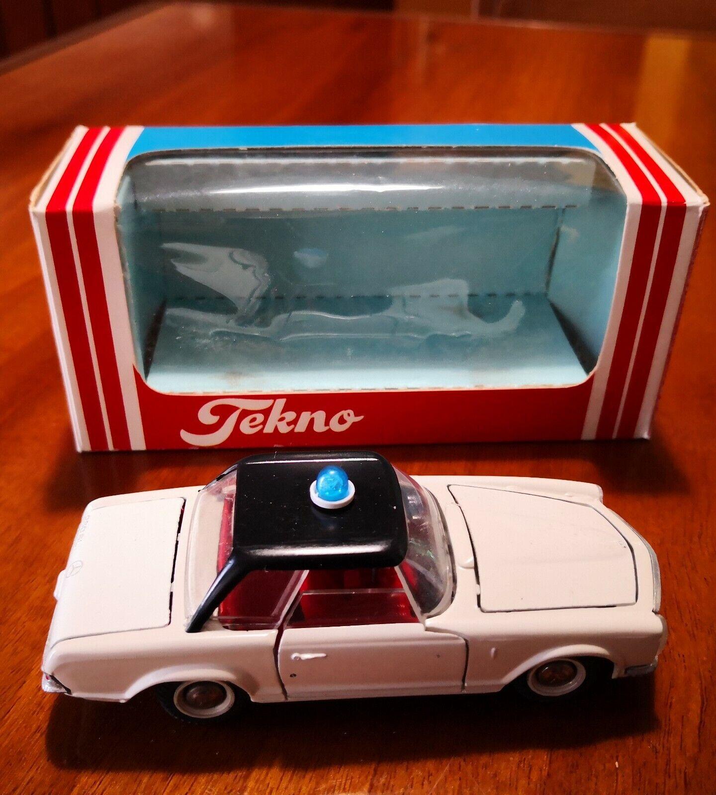 Tekno Made in Danimarca Mercedes 280 Police - Scala 1 43 Die cast